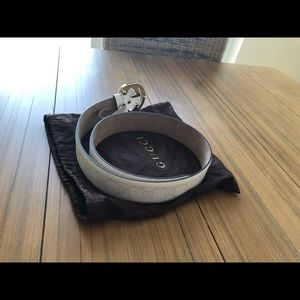 Gucci Accessories - Brand new  white Gucci belt with papers.  Size 32